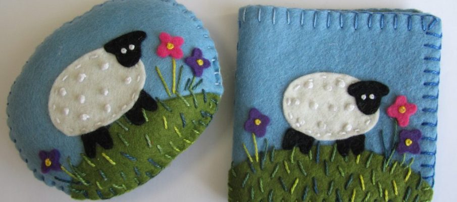 Raggedy Annie's Craft Project: Needlecase & Pin Cushion Applique Project